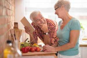 iStock-Couple in kitchen 2